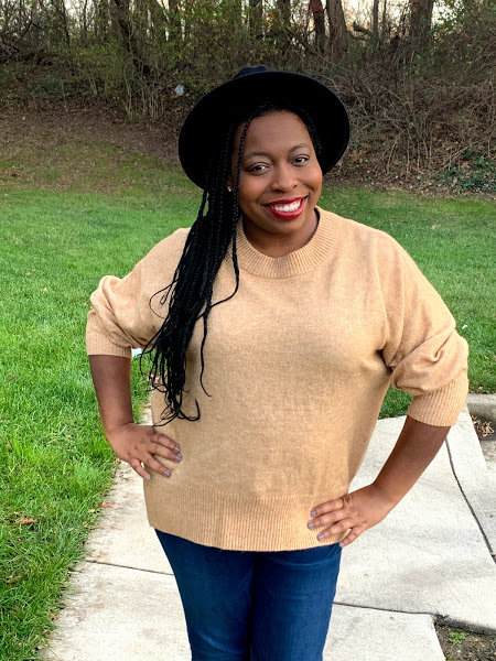 Casual Yet Chic: Thanksgiving Edition